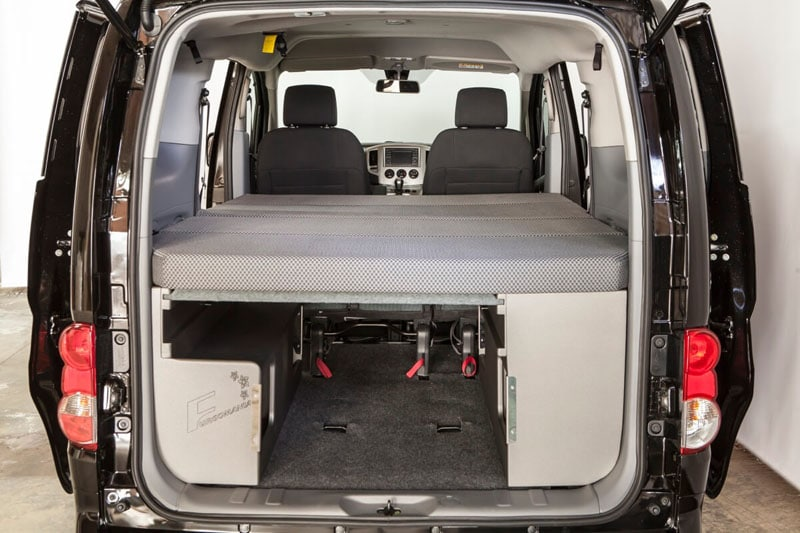 furgomania kit nissan evalia nissan evalia. Black Bedroom Furniture Sets. Home Design Ideas