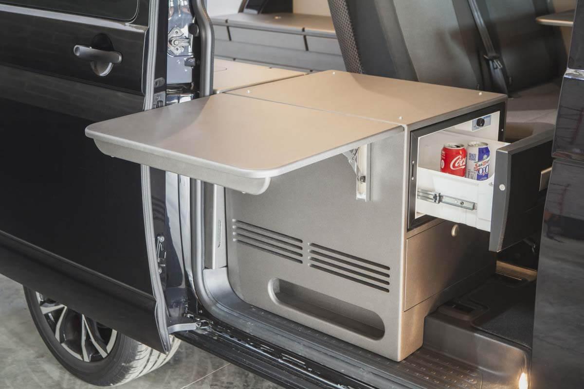 Muebles para equipar furgonetas camper furgomania for Muebles furgoneta camper